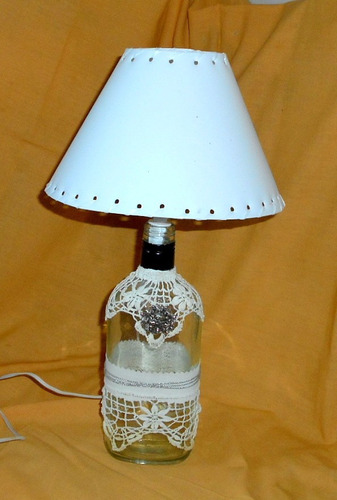 m144 exclusiva lampara velador con pantalla botella reciclad