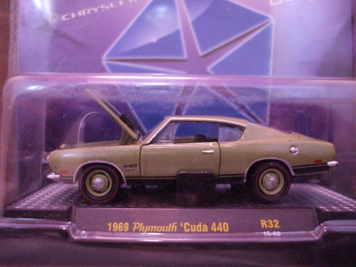 M2 Machines Detroit-muscle 1969 Plymouth Cuda 440 Verde