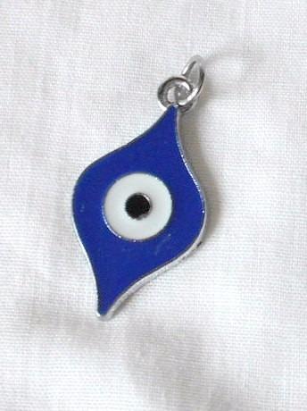 m47 dije colgante ojo turco en esmalte en metal plateado
