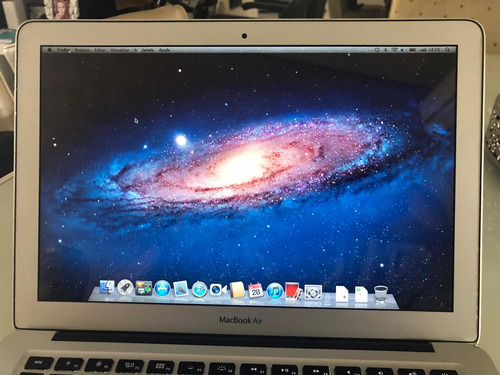 mac boock air 256 13.3 - a 1369