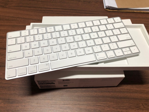 mac mini - comprado nov 2017 - 8gb core i5 2.6ghz 1tb