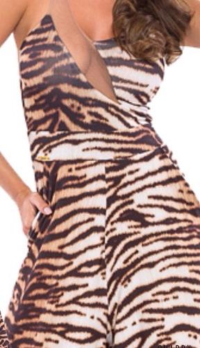 macacão animal print com bolso  charry com detalhe em tule