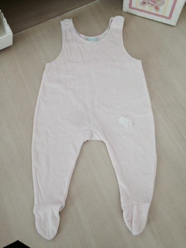 macacão de inverno de plush, marca chicco tamanho 6 meses
