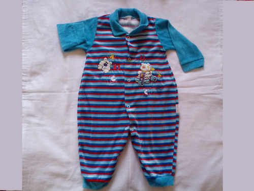 macacão usado para bebês de 2 a 10 meses