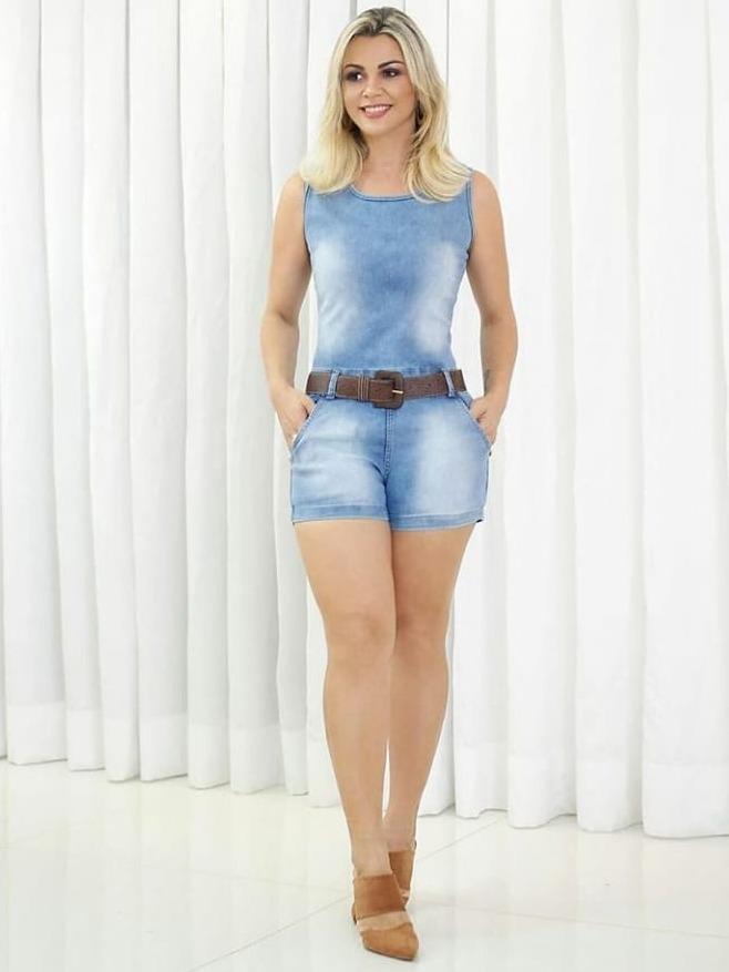 3b2b6f0dfaa89c Macaquinho Jeans Com Laycra Macacão Curto Feminino