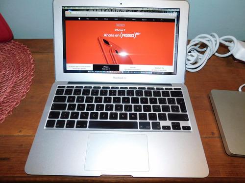 macbook air en perfectas condiciones con quemador externo