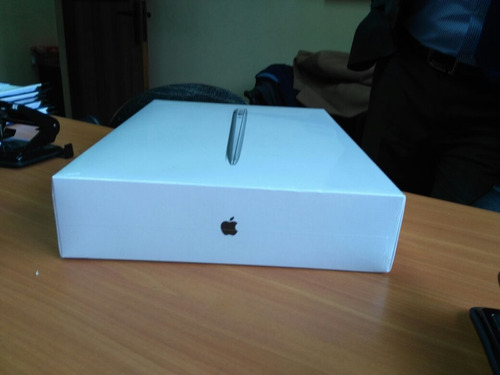 macbook air. nuevo 13 pulgadas. 128 gb flash y 8 gb ram
