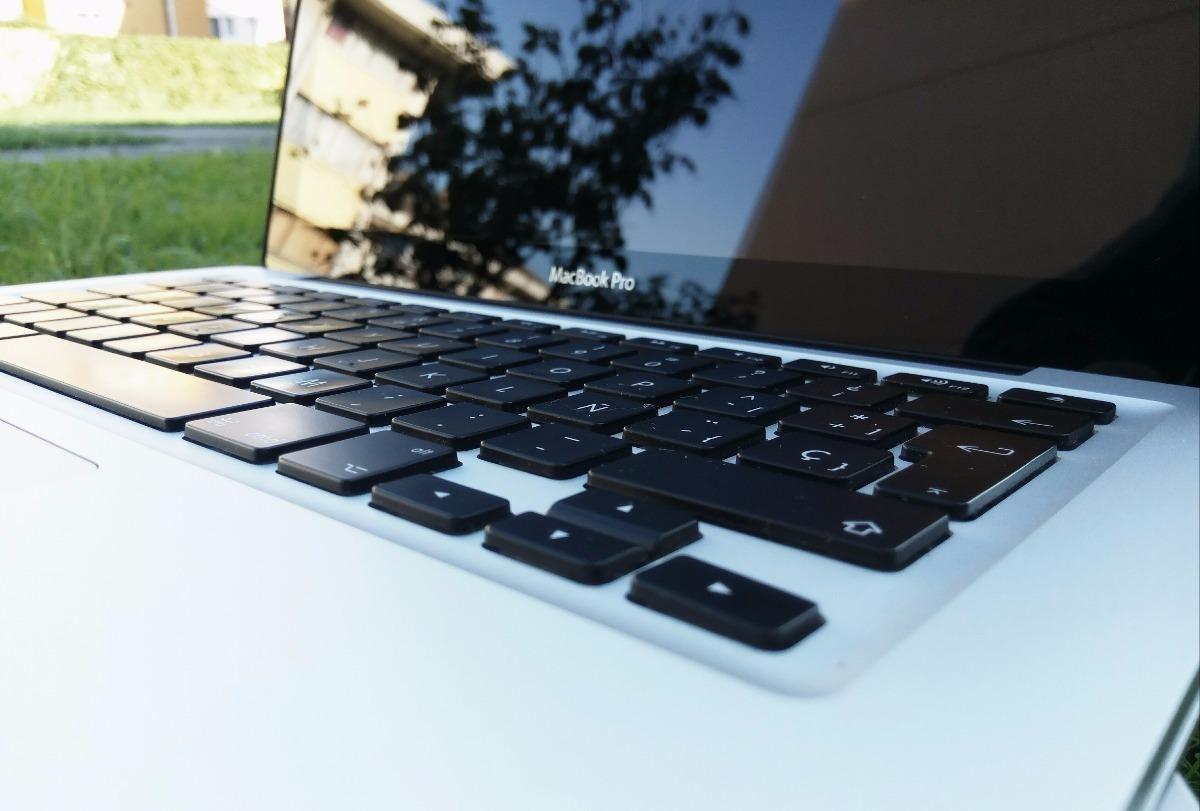 Macbook Pro 13 I5 2 4 8g 500g 2011 Mojave 10 14 Caja - $ 25 000,00