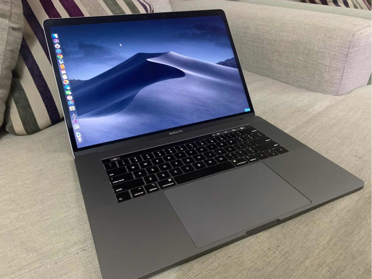 Macbook Pro 2018 Touchbar Core I9 32gb Ram 1 Tera Ssd - $ 68,000 00