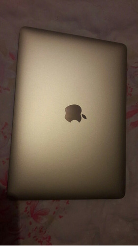 macbook pro dorada