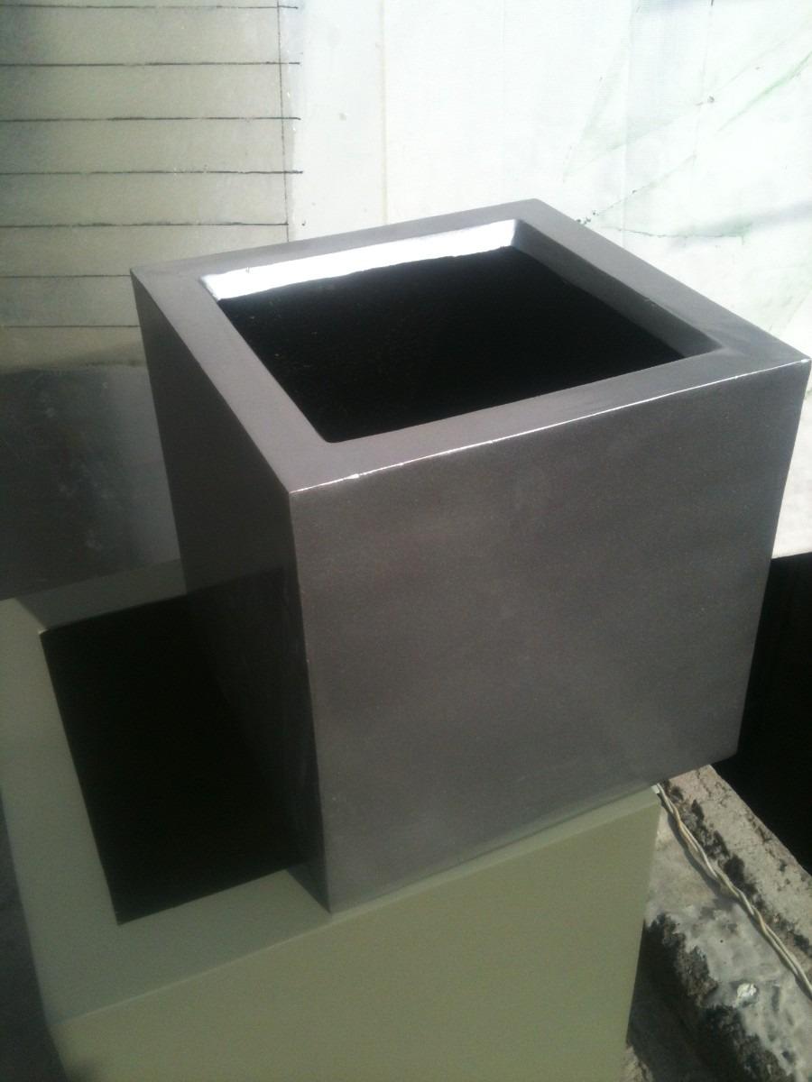 Maceta de fibra de vidrio cubo imitaci n acero - Jardineras de fibra de vidrio ...