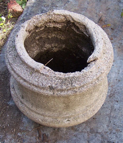 maceta macetero antiguo