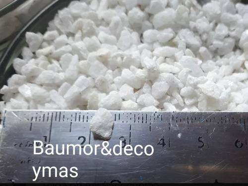 macetas autorriego x6 unidades+1kilo de piedritas blancas
