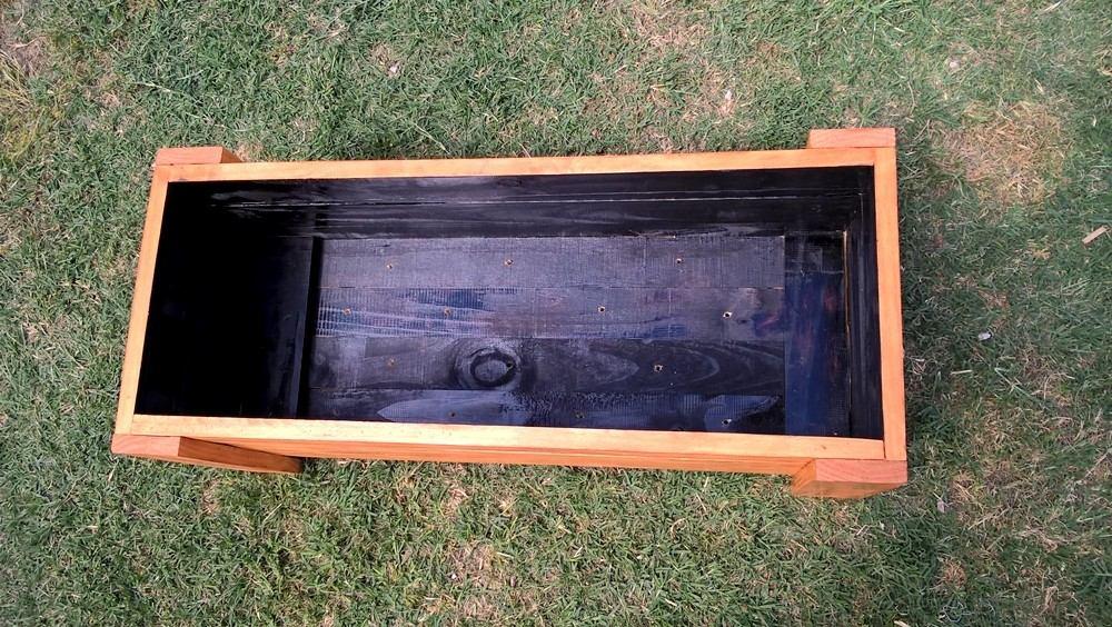 Macetas para jardin exterior shengmo diy caja de for Macetas madera exterior