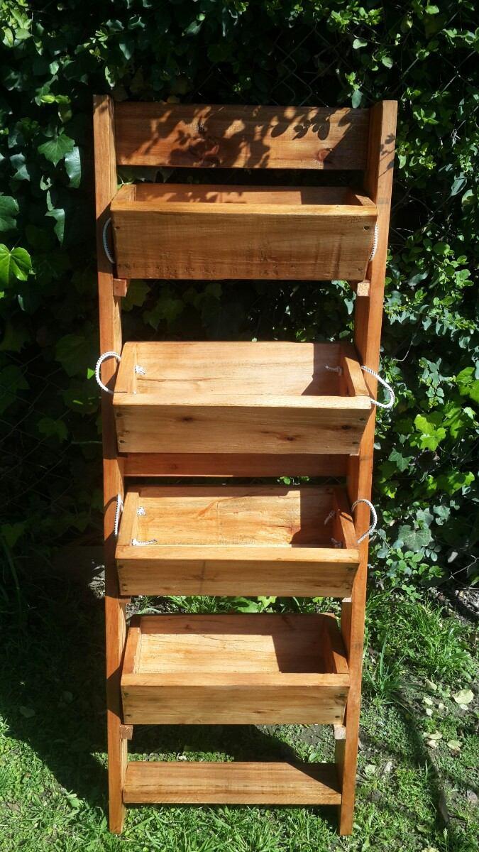 Maceteros verticales maceteros barril y barricas for Macetero vertical pallet