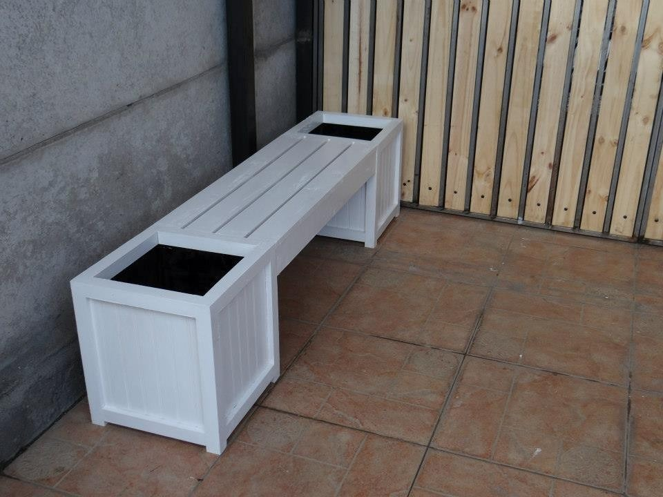 Jardineras de madera para interior y exterior maceteros for Maceteros de madera para interior