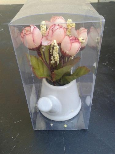 macetita regadera cerámica con rosita rococó artificial