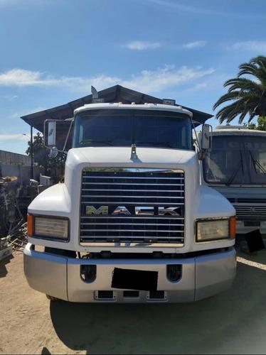 mack 427 excelente estado