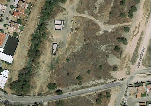 macrolote de uso de suelo mixto  de 3,803 m2 sobre blvd universitario juriquilla