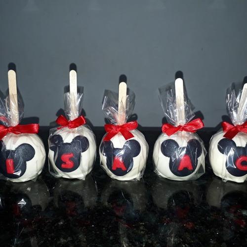 maçãs de chocolate decoradas