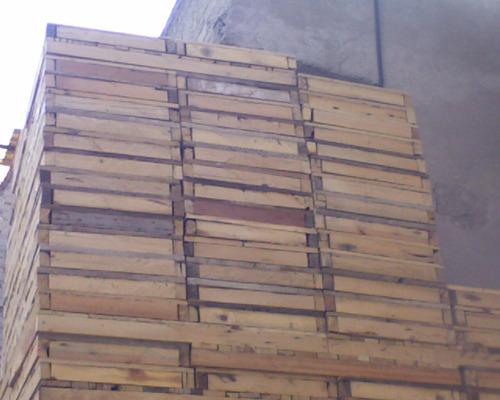 Madera cimbra polines tarimas barrotes en - Tarimas de madera usadas ...