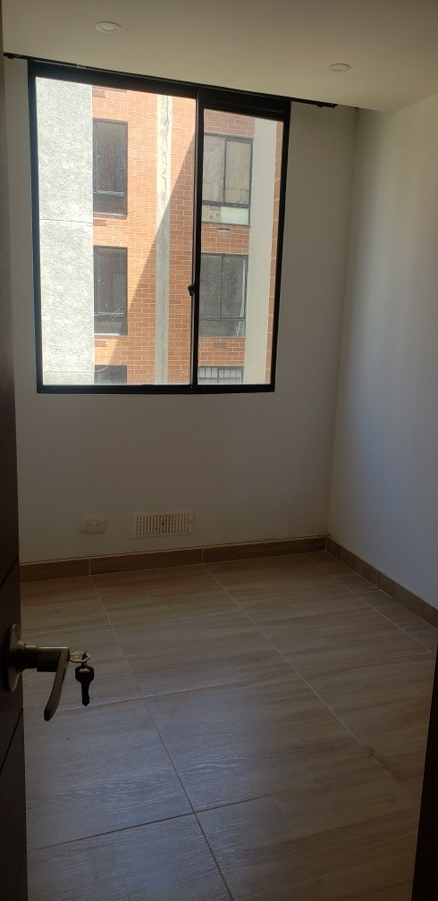 madrid, apartamento 55mts 4 piso