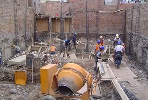 maestro albañil constructor 957377872