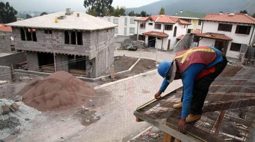 maestro constructor calificado ofrece servicios integrales