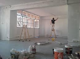 maestro pintor profesional edificio servicio pintura limpiez