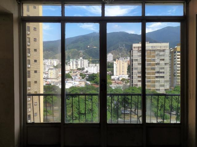 magica oportunidad de inmueble plaza venezuela