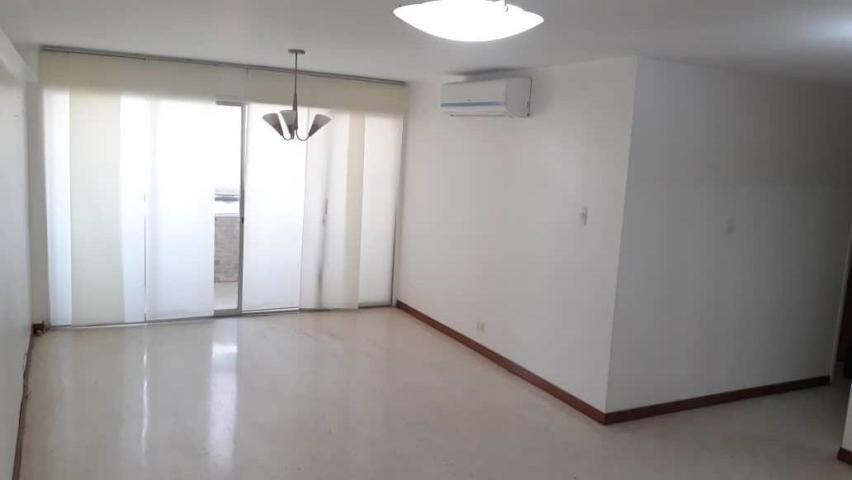 magico apartamento en el este amplio espacioso ...