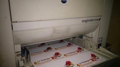 magicolor 2550 impecable funcionando $ 8900
