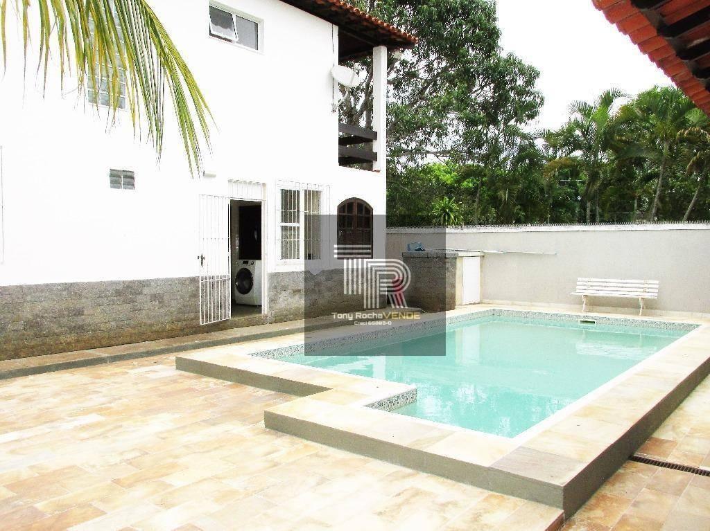 magnífica casa 5 quartos suítes, 3 vagas e piscina, colado na praia - camboinhas - ca0026