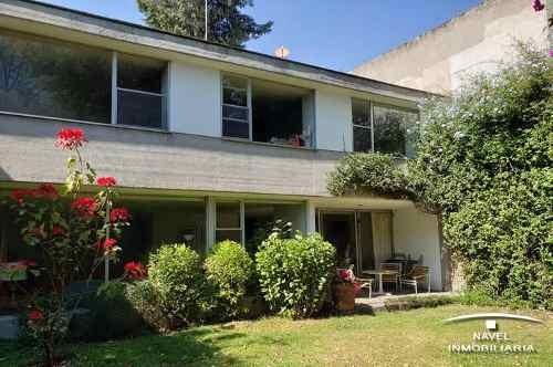 magnífica casa con estupenda ubicación, car-4105