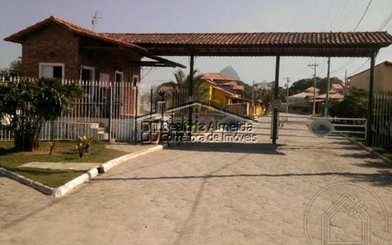 magnífica casa de 3 quartos, sendo 1 suíte com hidromassagem, no condomínio jardins da costa em inoã