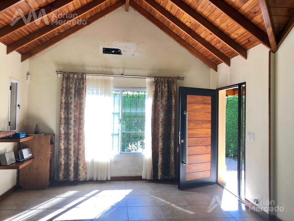 magnifica casa en ingeniero maschwitz 680 mts2 de lote c/pileta