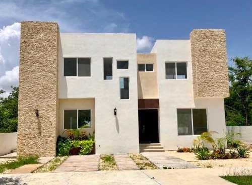 magnifica casa en privada paseos del mayab
