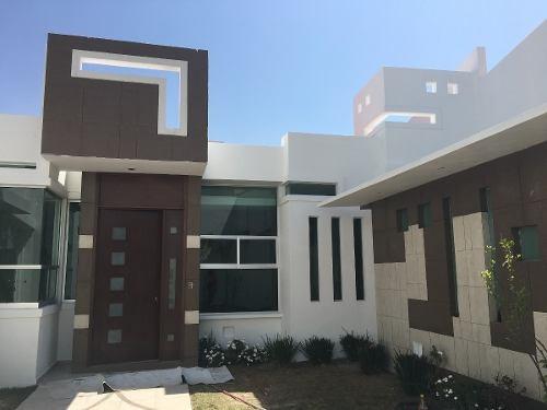 magnifica casa en venta en fracc. villas san cristobal