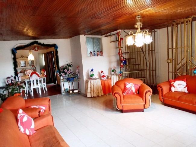 magnifica casa lote en kennedy central