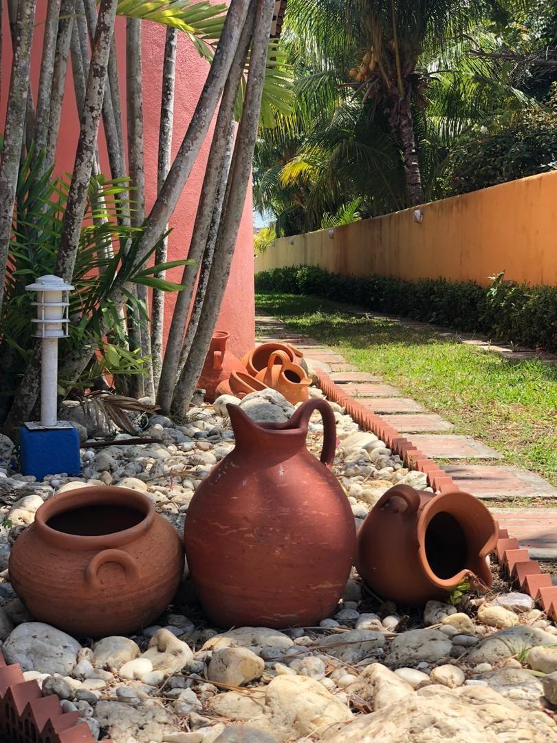 magnífica casa tipo mexicano. ( puerto encantado) higuerote!