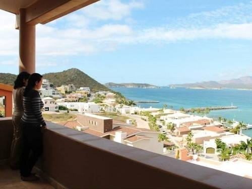 ¡magnificent marina view home!