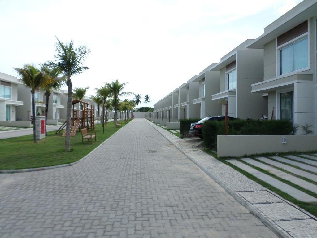 magnífico condomínio pertinho do beach park e praia da sabiaguaba... venha conferir... - ca0086