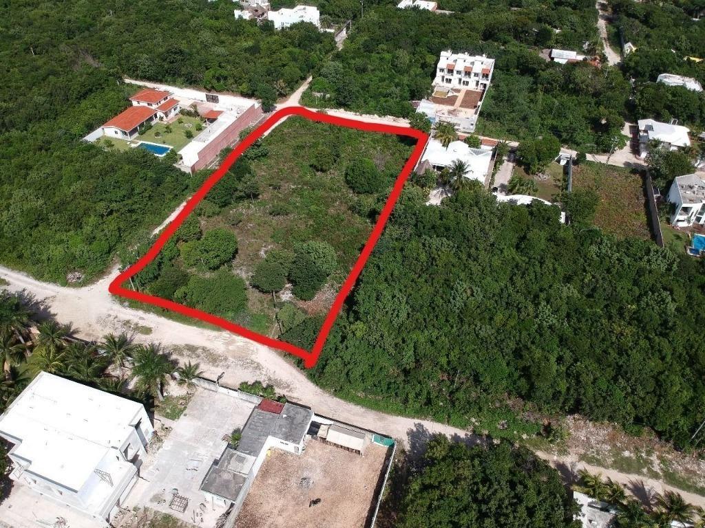 magnifico terreno en venta en cancún c2397