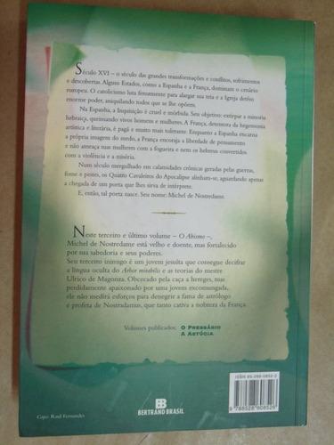 magus a fantástica história nostradamus valerio evangelisti