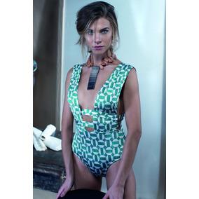 58180f13cb Karla Vivian Vestido Tamanho G - Moda Praia no Mercado Livre Brasil