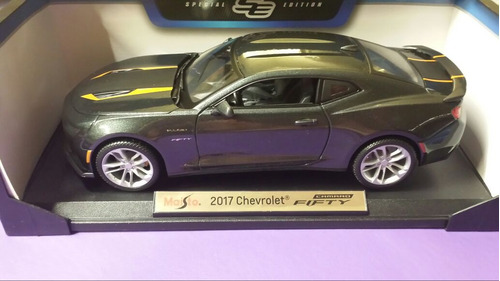 maisto chevrolet camaro fifty 2017 1/18 $2780