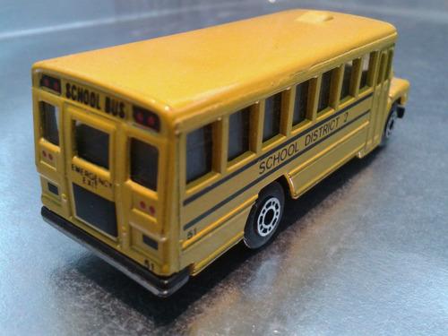 maisto - school bus de 1985