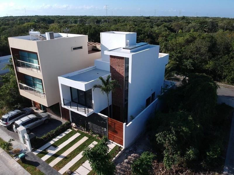 majestuosa casa jeremia en venta en playa del carmen