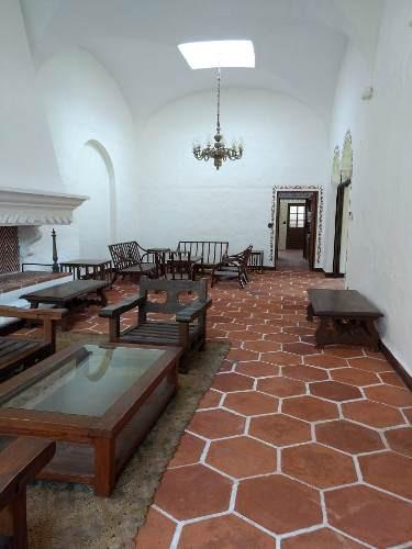 majestuosa residencia colonial zona dorada