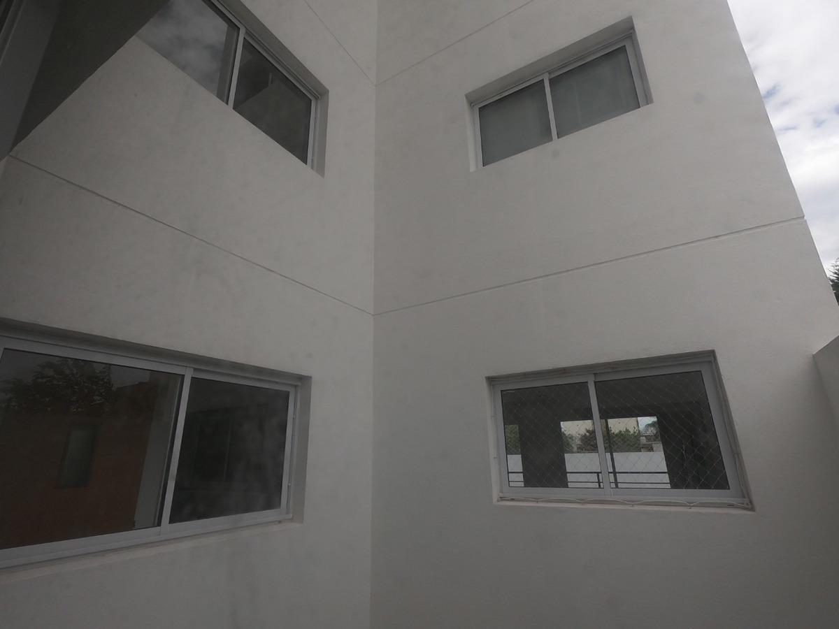malaver a estrenar 3 amb, entre piso, balcon  57 m2
